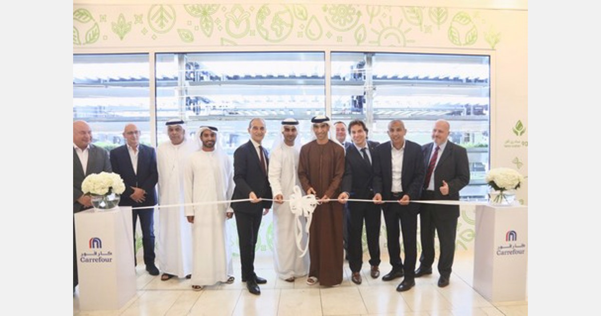 UAE: Minister of Climate Change inaugurates Carrefour's in