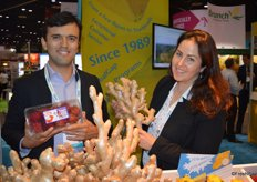Andres Ocampo and Melissa Hartmann de Barros with HLB Specialties proudly show rambutans in clamshell as well as ginger hands from Brazil. These ginger hands are larger than traditional ones, making them distinct.