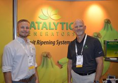 Michael Landry and Greg Akins with Catalytic Generators discuss ethylene solutions at Fresh Summit.