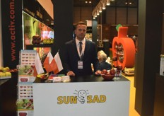 Marcin Stasiak is the commercial director for Sun-Sad and was in Madrid with their apples from Poland. They mainly export the apples to the Czech Republic, Germany and Spain.