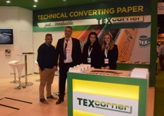 Second from the left is George Polichronopoulos, export manager for TEX, to his right are Christina Pappas and Claudia Mata. THey produce paper solutions for the safe transport of goods in both the industrial and agricultural sectors. They export their products mainly to Marocco, Serbia and Belgium.