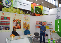Abdul Malik (Director) from M/s. Union Fruit Export (Pvt.) Ltd. Fruit and vegetable exporter, with high quality mandarin (Kinnow) and mango.