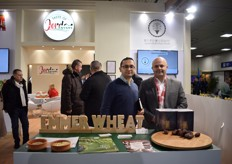 Ahmad Nassal and Luad Abu Awad from the Jordan Good Mood Company attended Fruit Logistica for the first time. They cultivate organic Medjoul Dates.