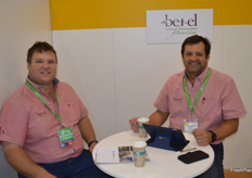 Hein and Carel Nieuwoudt at Betel Fruits.