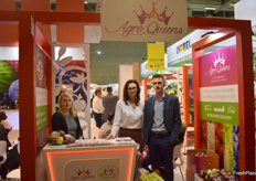 Monika Szewczyk, Joanna Krawczyk and Krysztof Czarnecki from Polish Apple exporters AgroQueen. The company exports organic apples.