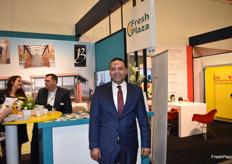 Mohamed El-Sheikh, managing director from Egyptian company Trading Island, paying a visit to the FreshPlaza stand!