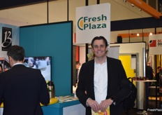 Ton Willemse, who was present at Fruit Logistica with several Jordanian growers, paying a visit to the FreshPlaza stand.