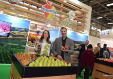 Jeff Correa and Lynsey Kennedy from USA Pears
