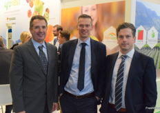 Narciso Vivot, André Vink and Ivan Van Dessel from AgroFresh, they promote the Ripelock.