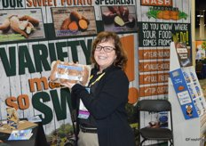 Tami Long with Nash Produce shows the companys latest product: a Sweet Potato Tray Pack. The complete package can be put in the microwave. Potatoes are steamed and ready within about 10 minutes.