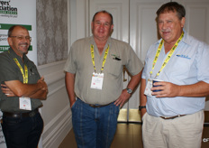 Theo Geldenhuys and AT van Schalkwyk of World Focus Agri and Abraham Dekker of the Co-op in Humansdorp.