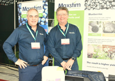 Richard Salvage and Ronald Van Stein from Maxstim with a grow stimulator. Rihard spoke about his company's major preparations for Brexit.