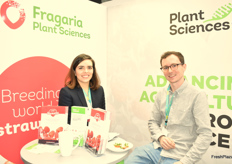 Ruth Giraldo and Juul Franssen from Plant Science promoting strawberry and raspberry varieties.