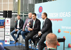 Slobadan Obradovic - Drenovac, Vesselin Djodjevic - Blueberry Club, Milos Milovanovic, FAO Italy, Andrily Yarmak - FOA Italy spoke the Serbian soft fruit production and the need for investment to release the full potential there.