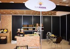 Irene Grigorea is the Sales Manager for Sunfoods. They export peaches, apples, nectarines and kiwi. These products are mainly sent to the Balkans and Italy. They hope to reach new markets by attending Freskon.