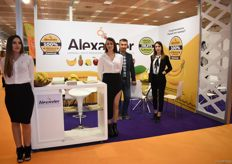 The team of banana importer Alexander. They also deal in canned and other processed fruits.
