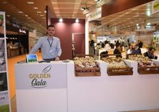 Tsimplidis Nikolaos of Golden Gaia. They export garlic and potatoes from the town of Thessaloniki.