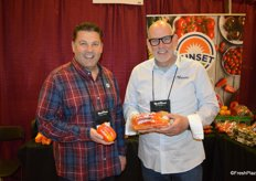 John Killeen and Ken Silveira with Sunset/Mastronardi show Aloha peppers.