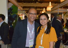 Nitin Agrawal and his beautiful daughter Nidhi were visitng the show. Nidhi has recently joined the family business Euro Fruits which export Indian grapes.