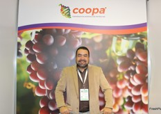 Junior Silveira from COOPA-Cooperativa Agricola de Petrolina (Brazil) that produces and exports seedless table grapes of high quality, with a range of the most diverse colours and varieties.