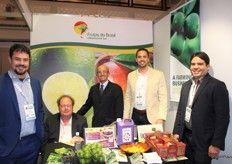 ABRAFRUTAS, the Brazilian Fruit Growers and Exporters Association, is a non-profit organisation that support producers via competitive intelligence and promotional activities worldwide. From left to right: Victor Castanheira (Grupo Leve Sabores), Heiko Freitag (Itacitrus), Jorge de Souza (Abrafrutas), Carlos Eduardo Teixeira and Ronaldo de Lima Araujo (Sebastio da Manga).