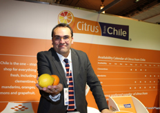 Charif Christian Carvajal, marketing director Europe, Asia Middle East for Chilean Fruit Exporters Association. Proud of citrus from Chile.