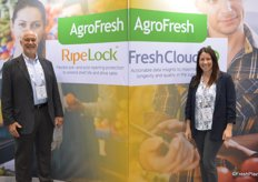 Kevin Frye and Brittany Buchanan with AgroFresh promote the companys RipeLock and FreshCloud solutions at the show.