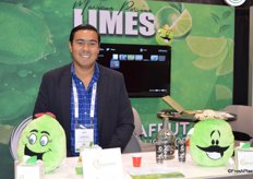 Herberts Camacho with Inverafrut is promoting Mexican Persian limes.