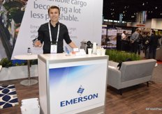 Daniel Knauer with Emerson shows the companys new GO Real-Time Flex. This all-in-one device measures real-time air temperature, real-time probe temperature and humidity. It also offers door security and is able to show the location.
