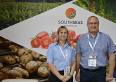 South Seas has year round vegetable production and exports to Asia, Pacific Islands, Canada and Australia from October to March. Nicole Metzger and Simon Watson.