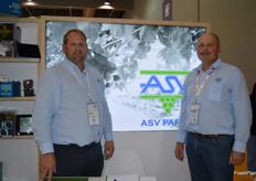 Anton Viljoen and George Erasmus from ASV Farms on the South African stand.
