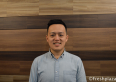 George Liu, CEO of Frutacloud. As an importer they import fruits from all over the world, distribute and market it for the Chinese market. They import from Chile, Peru, Canada, France, Egypt, South Africa, Thailand, Japan, New Zealand and Australia.