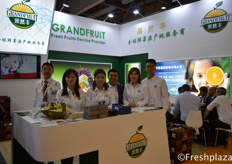 Team of Grandfruit. Grandfruit has changed from a traditional wholesaler to an integrated enterprise including self-owned cold storage, traditional wholesale, on-line & off-line, end users retail thoses models. They are the official sales partner of Spanish Bollo in China.