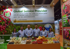 Mrs Ivy Chan (2nd from right) and her colleagues from Guangdong Fuyi Agricultural Product Co., Ltd. The company supplies a variety of fresh fruits and vegetables including lychee, sweet potatoes and ginger.