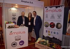 Artur Stachura, Tatiana Lasocka-Rojek and Henryk Kowalski for Amplus. They trade a wide variety of fruit and vegetables.