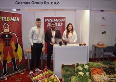 Marcin Wzodarski, Mina Isaac and Katarzyna Stelmack representing the Cosmos Group.