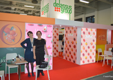 Housna El Andaloussi, Commercial Manager of snacking tomatoes and Tatiana Nazarova, Project Manager Russia of Delassus Group.
