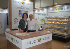 Anna Suchowacka, sales manager of Fruct Fresh and CEO Cezary Zwoisnki. They showcased their fresh cut fruits.