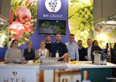 The team from Richard Hochfeld were proudly displaying their Hyke gin as well as talking about grapes and apples!