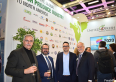 Andrew Chryssogelos and Dr. Andrew Turatti of Turatti North America, President of Wonderful Citrus Zak Laffite, and Tom Stenzel, President and CEO of the United Fresh Produce Association, at the United Fresh reception.