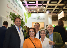 Chris Cockle and Pieter Scheepers of Wonderful Citrus, Maria Bermudez, and Patricia Compress at the United Fresh reception.
