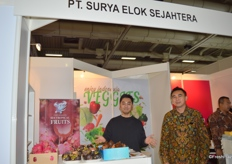 Pt. Surya Elok Sejahtera is an Indonesian company that exports a variety of tropical fruits. Mr Naufal Akbar T (left) is representing the company at the stand.