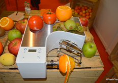 ASTRA's peeler can work with different types of fruits with one single machine.