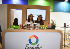 Veronica Sentillan and Gabriela Betancourt of Agrocalidad at the Ecuador Partnerland stand.