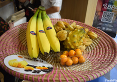 Ecuador's most important products are bananas, physalis, and yellow dragon fruit.