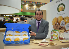 Gustavo Narvaez is the production manager of Pitacava. Alongside their fresh pitahaya fruit, the company now also offers freeze-dried versions of several fruits.