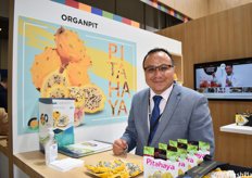 Xavier Mejia of Productoras Ecuatoriana de Frutas Exoticas OrganPit. The company works with fresh pitahaya and has been doing the freeze-dried pitahaya for one year now. They have found that this product sees good demand in Asia.