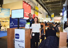 Eduardo Cabello and Antonella Iaffaldano of Quimas Smartpact, who offer 100% recyclable packaging to store blueberries and table grapes and keep these fresh throughout transit.