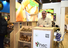 Ernesto Kelly of Productos Agricolas del Campo, exhibiting as part of the Costa Rican Pavilion. The company producers over 1,500 hectares of yucca in Costa Rica.