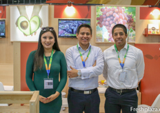 Angie Meléndez Vargas, Jose Camilo Moreno Jara and Alberto Peña Pezo of J&L Fruits and Vegetables